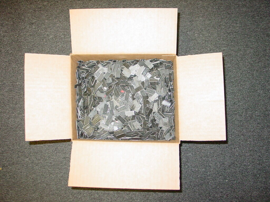 Primary image for Scrap Recovery for Gold IC Chips 10 LBS