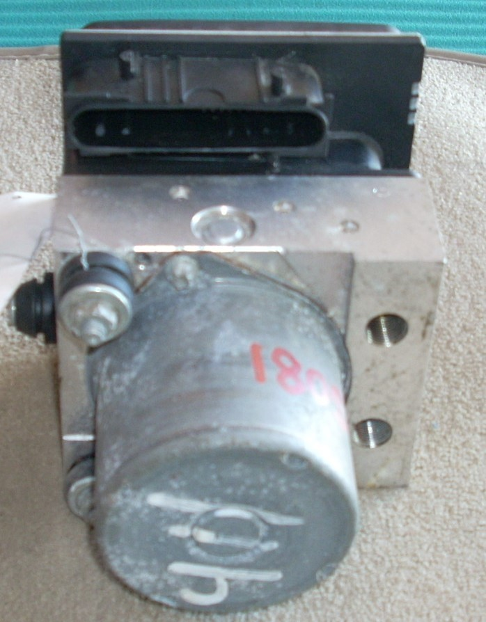 2010 NISSAN ALTIMA ANTI LOCK ABS BRAEK PUMP ASSEMBLY 47060ZX00A