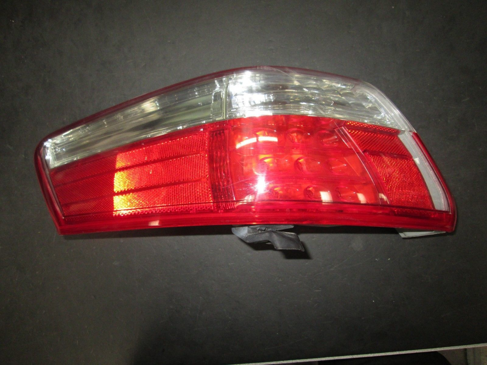 Primary image for 07 08 09 TOYOTA CAMRY LEFT DRIVER SIDE TAIL LIGHT