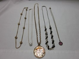 5 PC LOT VINTAGE CHOKER NECKLACES MONET AVON RHINESTONE BEADED PEARL NEC... - $12.99