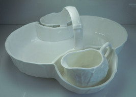 Wedgwood Countryware Strawberry Basket Creamer and Open Sugar image 2