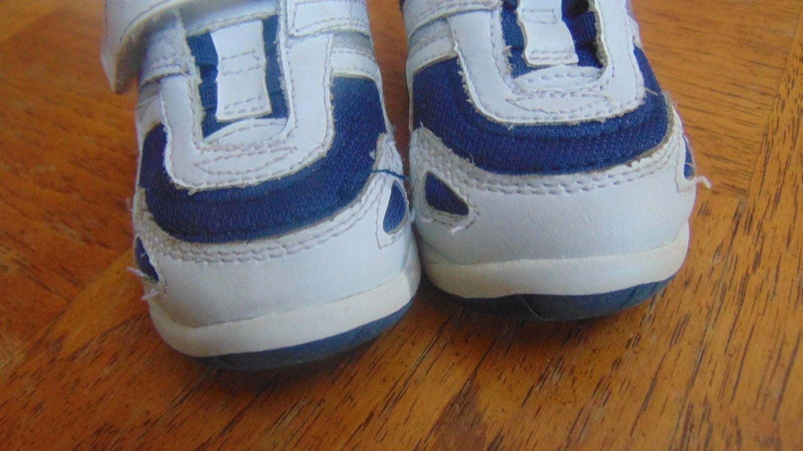 Champion White & Blue Tennis Shoe Unisex Size 3W-Velcro-Man Made & Leather Upper