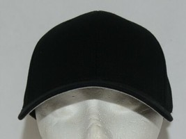 Flexfit Black 6277 Twill Hat S M Permacurv Visor With Silver Undervisor image 1