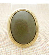 Green Brown Agate Stone Gold Tone Oval Pin Brooch Vintage (B) - $24.74