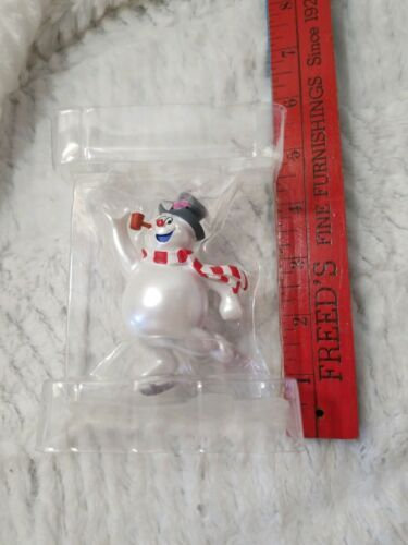 FROSTY THE SNOWMAN Pipe and Scarf Ice Skates Christmas Ornament Hallmark WB NEW
