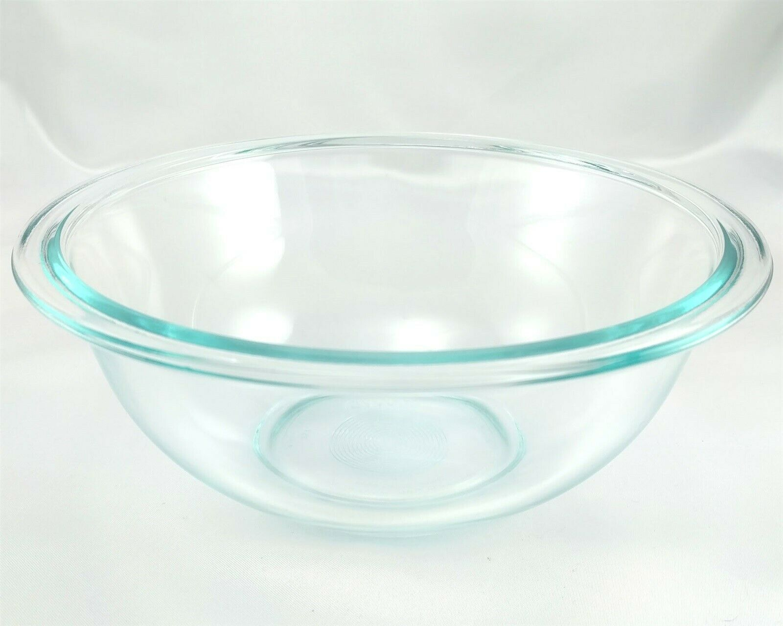 Pyrex 323 Blue Tint Mixing Serving Bowl 1½ Qt Extended Rim Made in the USA image 2