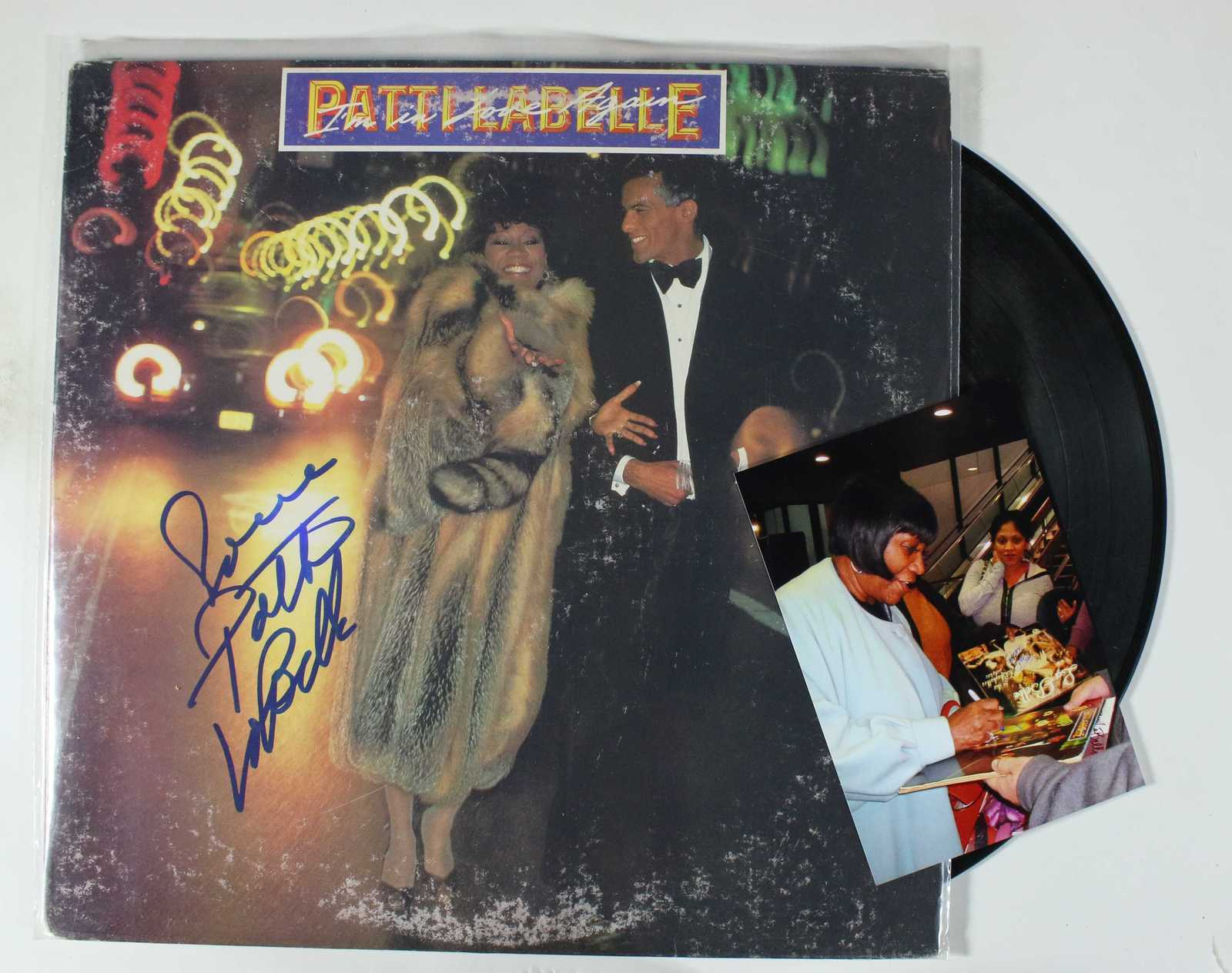 Primary image for Patti LaBelle Signed Autographed Record Album w/ Proof Photo