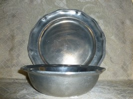 Wilton Queen Anne Design Pewter Large Platter And Large Serving Bowl - $40.00