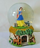 Disney Snow White Musical Snow Globe Enesco Whistle While You Work - $18.39