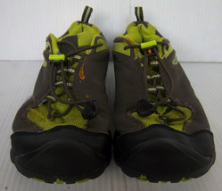 KEEN - Men's Charcoal Gray & Green Mesh Dry Hiking Trail Sneakers -- Size 6 - $36.99