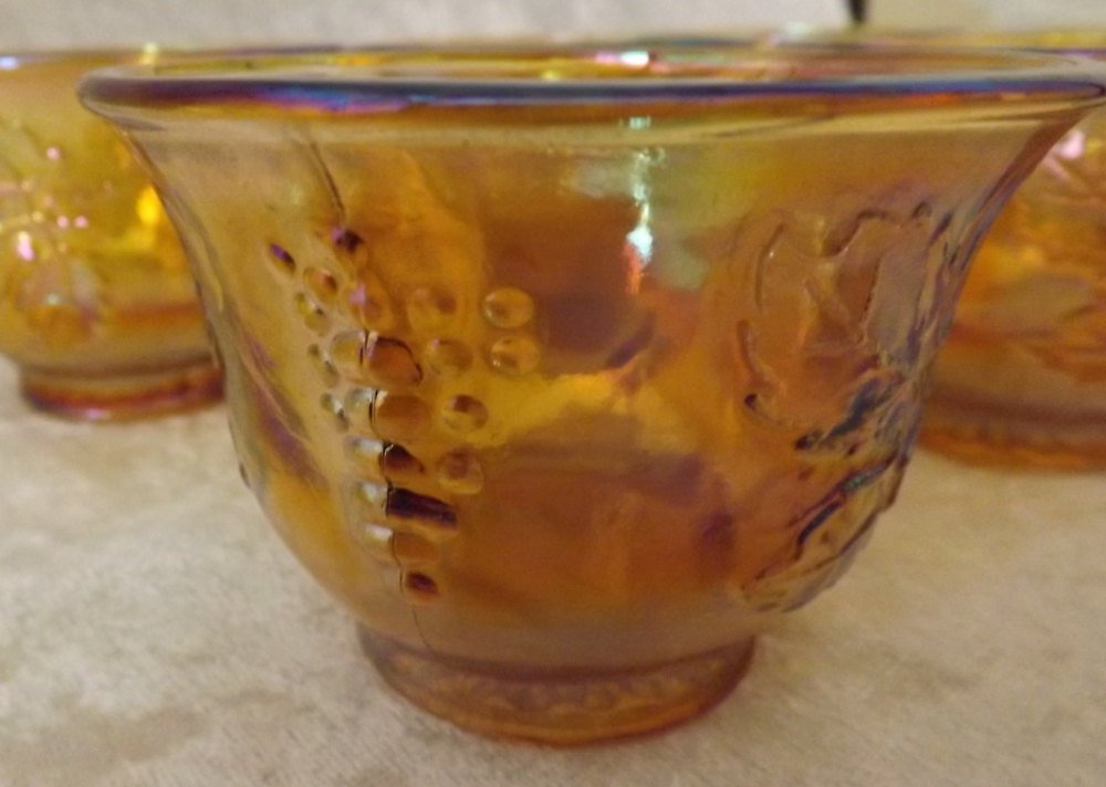Amber Grape and Leaves Pattern Coffee/Tea/Punch bowl Cups - Set of 6 Glassware