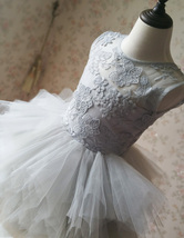 Gray Flower Girl Dress Gray Tulle/Lace Knee-Length Girl's Princess Dress NWT image 8