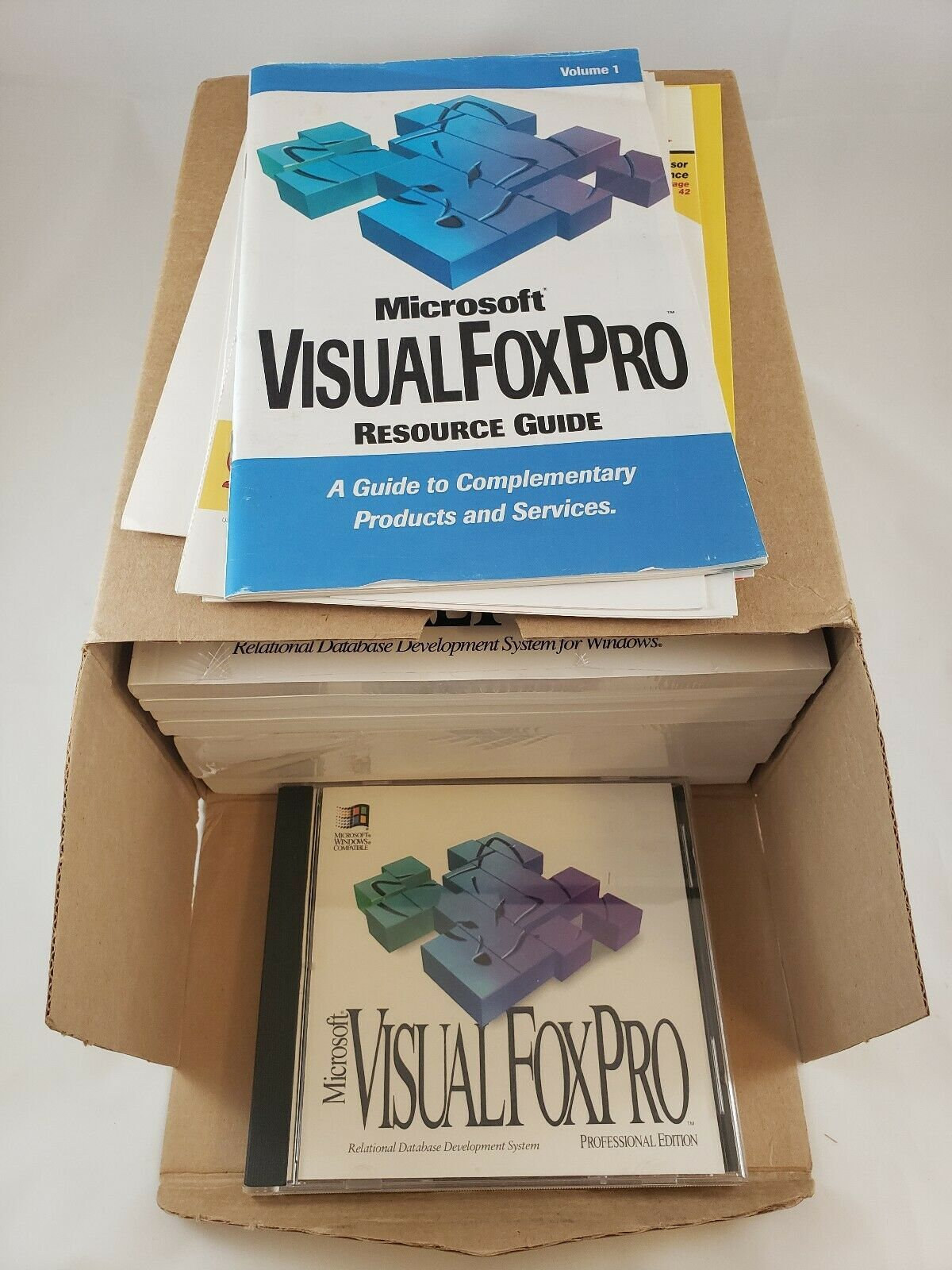 Microsoft Visual FoxPro 3.0 Upgrade (Pro Edition) Complete image 9