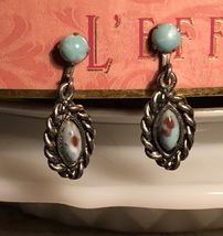 Vintage 1960s/70s Faux Turquoise Silver Tone Dainty Dangle Screw Back Ea... - $16.00
