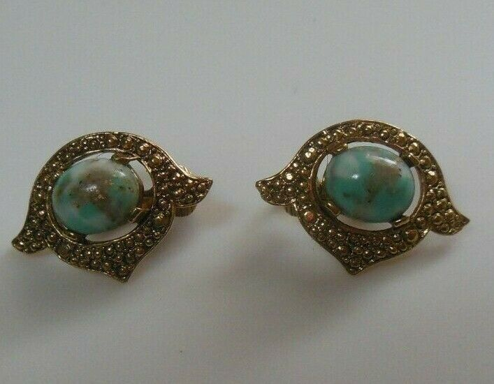 Vintage Signed Sarah Coventry Faux Turquoise Foil Clip-on Earrings