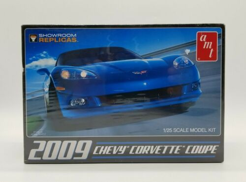 Primary image for AMT 2009 Chevy Corvette Coupe 1:25 Scale Plastic Model Kit 685 Factory Sealed