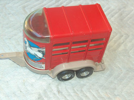 """1996 Nylint 454002-2 Plastic 13"""" Horse Stables Show Trailer for Pick Up ... - $26.76"""