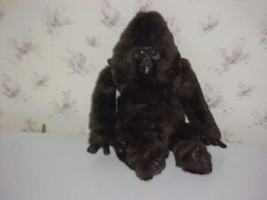 """20"""" Amy Gorilla Plush Toy With Backpack From Congo By Kenner Hasbro 1995 - $93.49"""