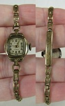 Vintage Ladies Pilot Wrist Watch 1950's WIND SWISS 1/40 12K GOLD 17 Jewel - $23.36