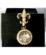 Coro 4 Picture Locket Pearl Marie Antoinette Fleur De Lis Brooch 1940s - $39.00