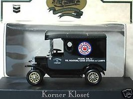 "Lledo Chevron Commemorative - ""Days Gone"" 1927 Pearl Oil Van - 1:64 Diec... - $13.50"