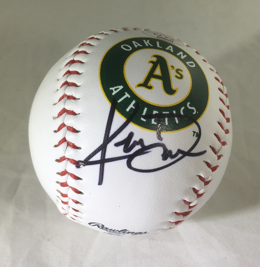 KHRIS DAVIS / OAKLAND ATHLETICS / AUTOGRAPHED A'S LOGO OML BASEBALL / WITH COA