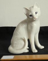 Lenox Porcelain Cat Figurine April Showers May Flowers Parvaneh Collection - $14.99