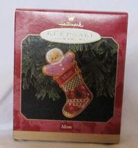 Hallmark Mom Keepsake Ornament Dated 1999 QX6717 - $18.80