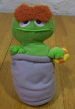 "TYCO Sesame Street OSCAR THE GROUCH with WORM 6""  Stuffed Animal 1997 - $15.35"