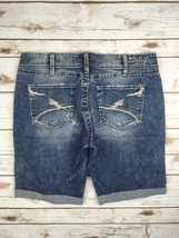 SILVER JEANS SHORTS Low Rise Embroidered Mckenzie Jean Cuffed Denim Shor... - $33.33