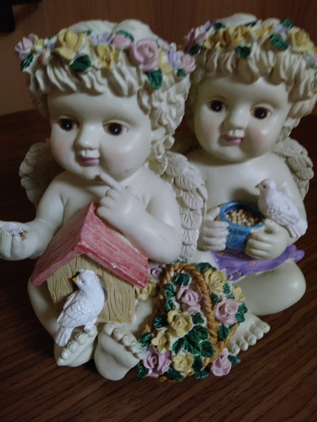 Twin Cherub Angel's Heavy Resin Music Box