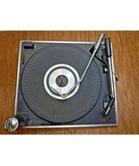 Vintage Magnavox Micromatic W821 Turntable Phonograph Record Changer Player - $185.62