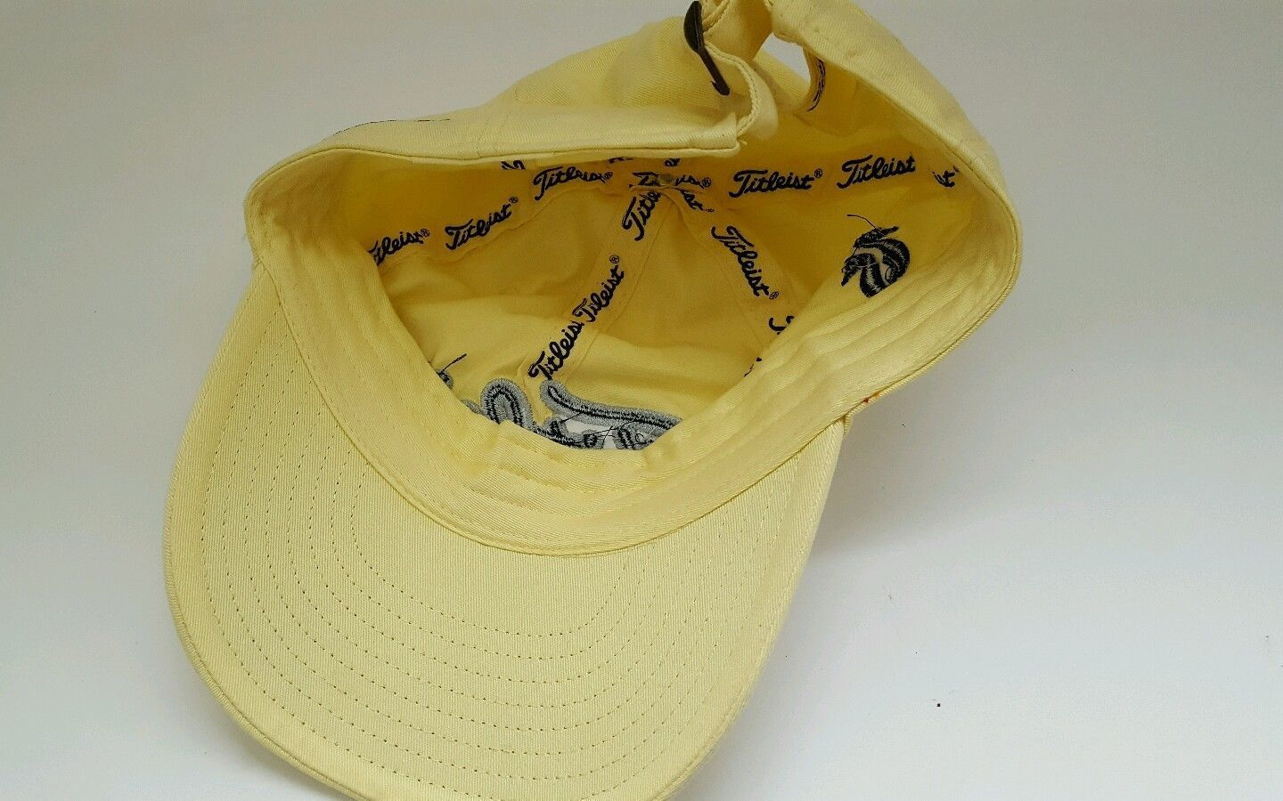 TITLEIST Women s Golf Hat Baseball cap Pro V1 Wailea logo Cap Yellow eadd4f491cdc