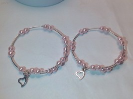 Mother Daughter Set *Pink* Pearl Bead Wire Wrap Silver Tone Bracelet Ba... - $15.95