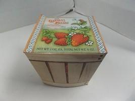 Strawberry Garden Fresh Fragrance (6) Soaps Avon NIB - $6.53