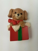 Hallmark 1989  Holiday Christmas Pin Puppy Dog Inside Present Box - $9.65