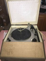 Vintage RCA Victor Solid State Portable Record Player VGP11T Parts - $155.67