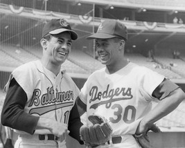 Luis Aparicio Maury Wills 8X10 Photo La Dodgers Oriole O's Picture Baseball Mlb - $3.95