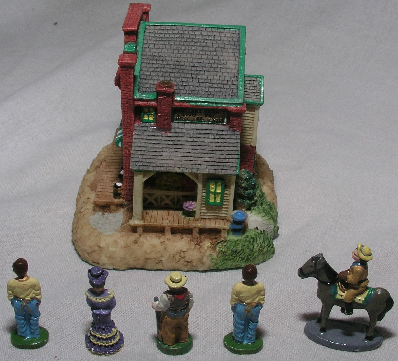 Liberty Falls Mini Porcelain 3 Buildings Windmill Grocery Quilt People Mint Cond