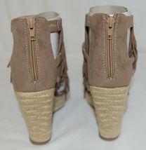 BF Betani Shiloh 8 Stone Fringe Wedge Heel Sandals Size 6 image 5
