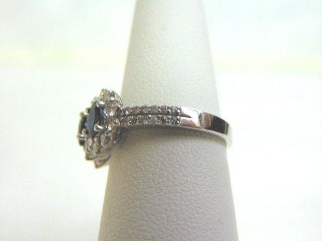 Women's 14K White Gold Diamond & Sapphire Ring 3.9g E3517
