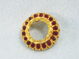 Deep RUBY RED Rhinestone CIRCLE PIN Brooch Gold Plated AAI Classic Vintage  - $15.83