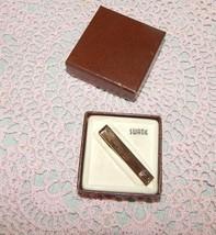 VINTAGE SWANK SO TIE CLASP CLIP BAR~GREEK DESIGN~ORIG. BOX~NEVER WORN~GO... - $24.70