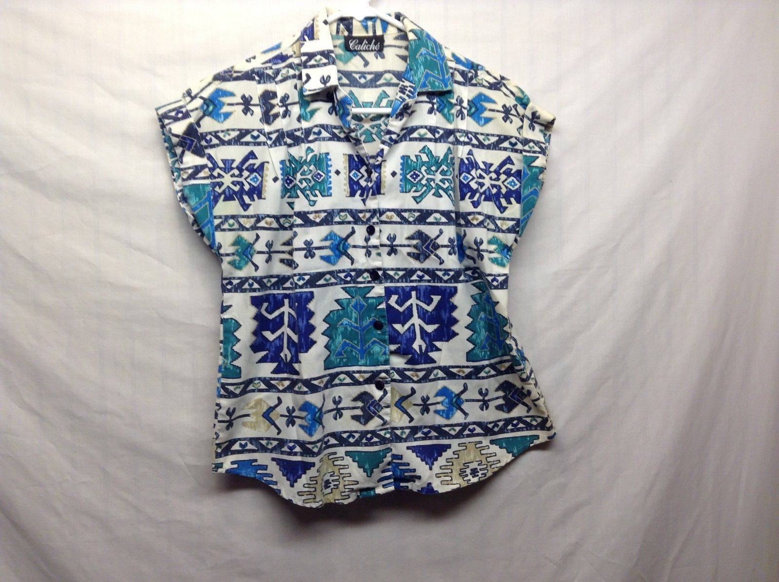 Caliche Ladies Lt Weight Multicolor Short Sleeve Blouse w Southwestern Design
