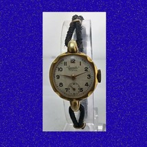 Vintage  Gold Topped 15 Jewel Swiss Everite Ladies Bracelet Wrist Watch 1950 - $87.39