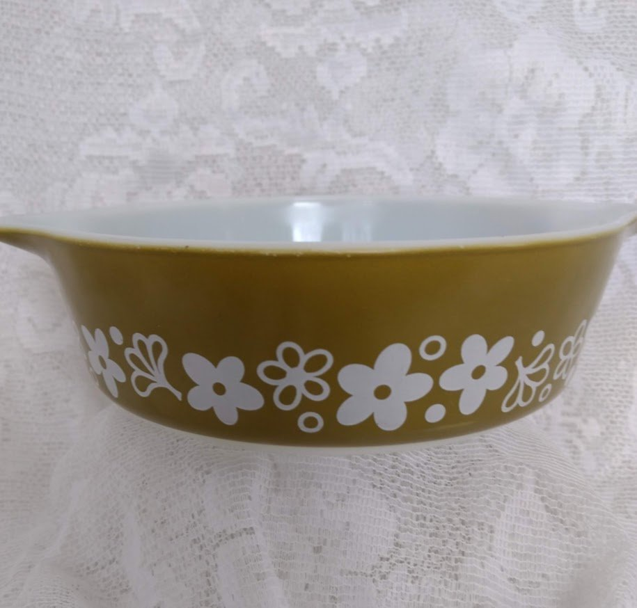 Pyrex, Casserole Dish, Spring Blossom pattern, model 471, one pint