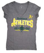 Oakland Athletic A's de Femmes V-Neck T-Shirt, Gris, Xs - $11.90