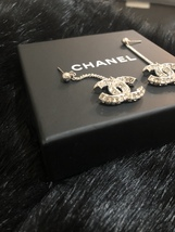 SALE* AUTH CHANEL 2019 LARGE CC LOGO Crystal Dangle Drop SILVER Earrings image 11
