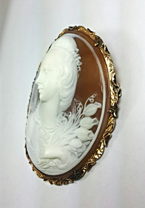 Vintage Signed G.Noto 14K Yellow GOLD CAMEO Pendant or Pin