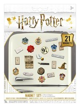 Harry Potter Magnet Set Official Licensed Brand New 21 Magnets Wizardry Snitch - $8.08